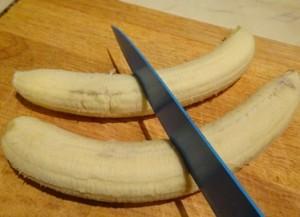 Bananas cut