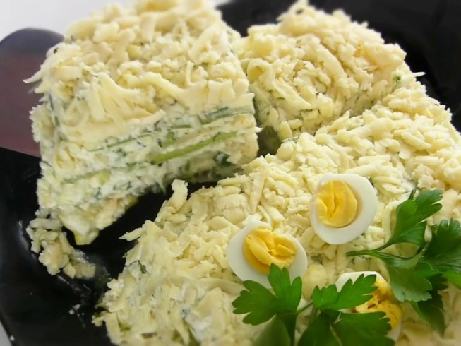 Zucchini cake with cheese filling
