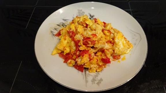 kak-prigotovit-jaichnizy-s-pomidorami-vkysno9